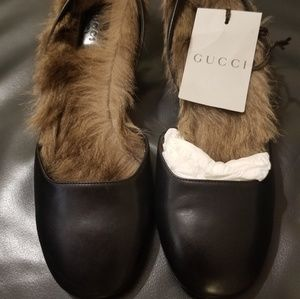 Gucci faux fur shoe